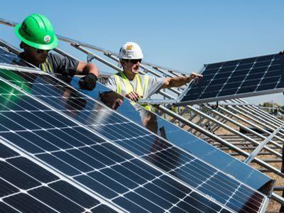 Cubiertas técnicas. Paneles solares e instalaciones